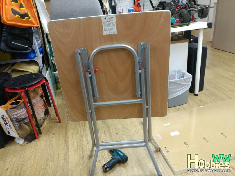 IKEA-Folding-Table-DIY-1
