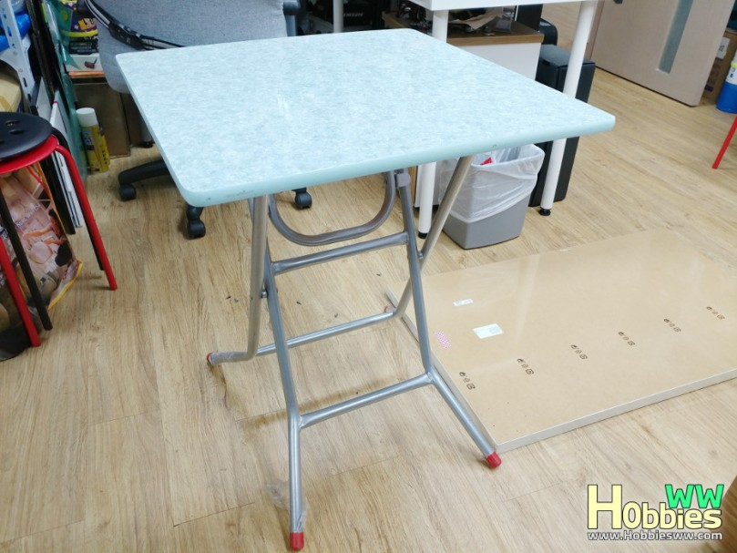IKEA-Folding-Table-DIY-3